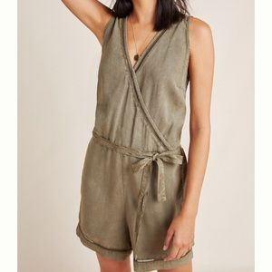 💚Anthropologie Cloth and Stone Romper